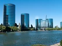 Oracle universitetsområde i Redwood City Arkivbild