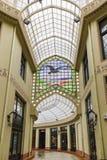 ORADEA, ROEMENIË - FEBRUARI 10, 2018: Zwart Eagle Palace en Stock Fotografie
