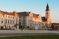 ORADEA, RUMÄNIEN - 13. Juli: Mond ChurchBiserica-Cu Luna und Uni Lizenzfreies Stockbild