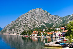 By Orahovac Kotor fjärd, Montenegro, Adriatiskt hav Royaltyfria Foton