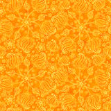 Orange abstraktes Gekritzel blüht nahtloses Muster Stockfotografie