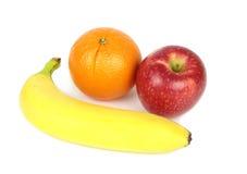 Orange, Apfel und Banane lokalisiert auf weißem Hintergrund Stockbilder