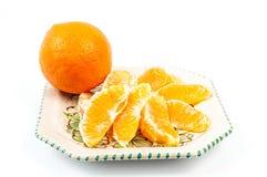 Orange auf der Platte Stockfoto
