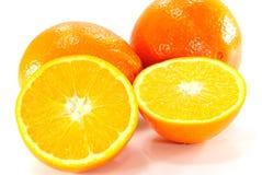 Orange auf weißem Hintergrund Lizenzfreie Stockfotos