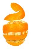 Orange aufgeworfen auf einer orange Schale gegen Stockfotografie