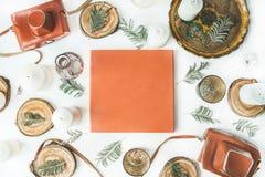 Orange bröllop- eller familjfotoalbum Royaltyfri Bild