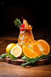 Orange coctail med nya apelsiner Royaltyfri Foto