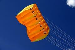 Orange Drachen Lizenzfreie Stockbilder