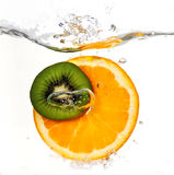 Orange et kiwi Images libres de droits