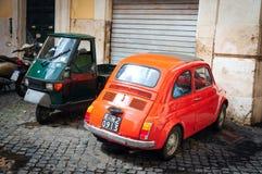 Orange Fiat 500 Arkivbild