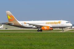 Orange2fly A 320 lizenzfreie stockbilder
