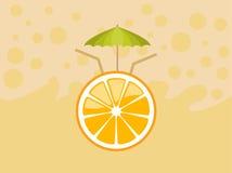 Orange Frucht mit Regenschirm Stockbilder
