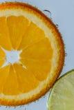 Orange Frucht mit Zitrone Stockfotos