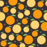 Orange Fruchtmuster auf Dunkelheit Nahtloser Hintergrund der hellen schönen Zitrusfrucht Vektorillustration in der Ebene Lizenzfreie Stockbilder