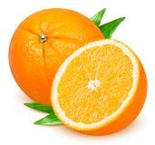 Orange frukt med sidor som isoleras på vit royaltyfri bild