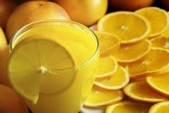 Orange fruktsaft Arkivbilder