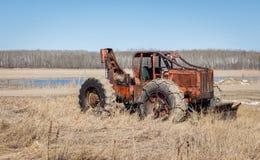 Orange gammal antik tung bulldozer Royaltyfri Fotografi
