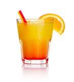 Orange Getränkcocktail mit orange Fruchtscheibe stockfotografie