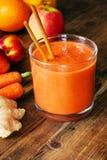 Orange Ginger Smoothie Lizenzfreie Stockfotos