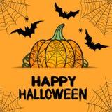 Orange hälsningkort för lycklig allhelgonaafton med pumpa, rengöringsduk, spindlar royaltyfri illustrationer