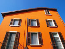 Orange Haus Stockbild