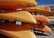 Orange havskajaker royaltyfri fotografi