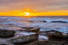 Orange himmel för La Jolla solnedgång royaltyfri foto