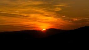 Orange Himmel während des Sonnenuntergangs Lizenzfreies Stockbild