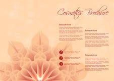Orange Hintergrund mit Blumendesign für kosmetische Broschüre Lizenzfreie Stockfotos