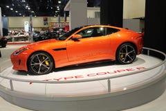 Orange Jaguar 2015 lizenzfreie stockfotos