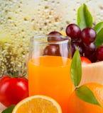 Orange Juice Fresh Indicates Healthy Eating und saftig lizenzfreie stockbilder