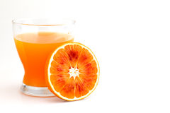 Orange juice. In glass with slice Royalty Free Stock Photos