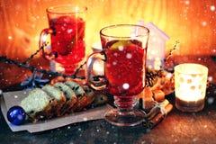 Orange kanelbrunt socker för jultoddy Arkivfoton