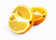 Orange klippt fifty-fifty Royaltyfri Bild