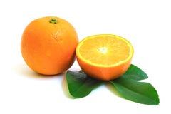 Orange lokalisiert auf weißem Hintergrund Stockfotografie