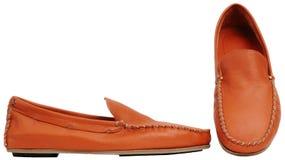 Orange männliche Schuhe Lizenzfreie Stockfotografie