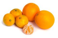 Orange Mandarinen- oder Tangerinefrucht lokalisiert auf weißem Hintergrund Lizenzfreies Stockbild
