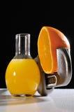 Orange mechanisch destilliert Stockfotos