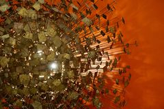 Orange metallabstact Arkivfoton