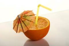 Orange mit Dekoration: Röhrchen lizenzfreies stockbild