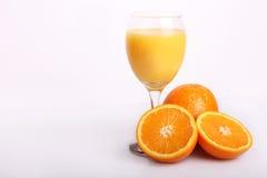 Orange mit Saft Lizenzfreies Stockbild