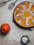 Orange paj och ingredienser arkivbild