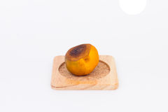 Orange putréfiée d'isolement sur le fond blanc Photo stock