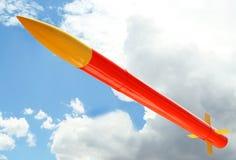 orange raketyellow Fotografering för Bildbyråer