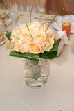 Orange Roseblumenstrauß Lizenzfreie Stockfotografie