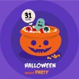 Orange Süßigkeitsschüssel Halloweens Süßes sonst gibt's Saures auf der purpurroten Schicht Lizenzfreie Stockbilder