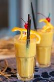 orange smoothie Fotografering för Bildbyråer