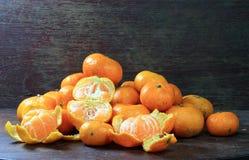Orange sur le bois Photo libre de droits