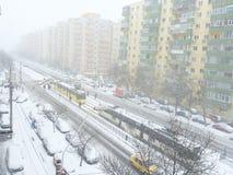 Orange und gelber Codeschnee Bukarests und Blizzard Lizenzfreies Stockfoto