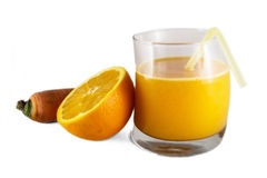 Orange und Karottensaft stockfotos